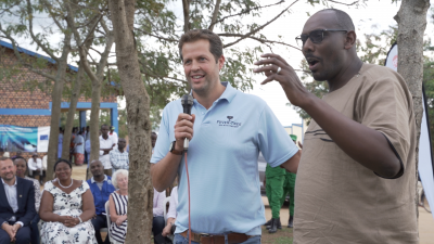 Fever-Tree CEO Tim speaking at a village meeting on malaria prevention